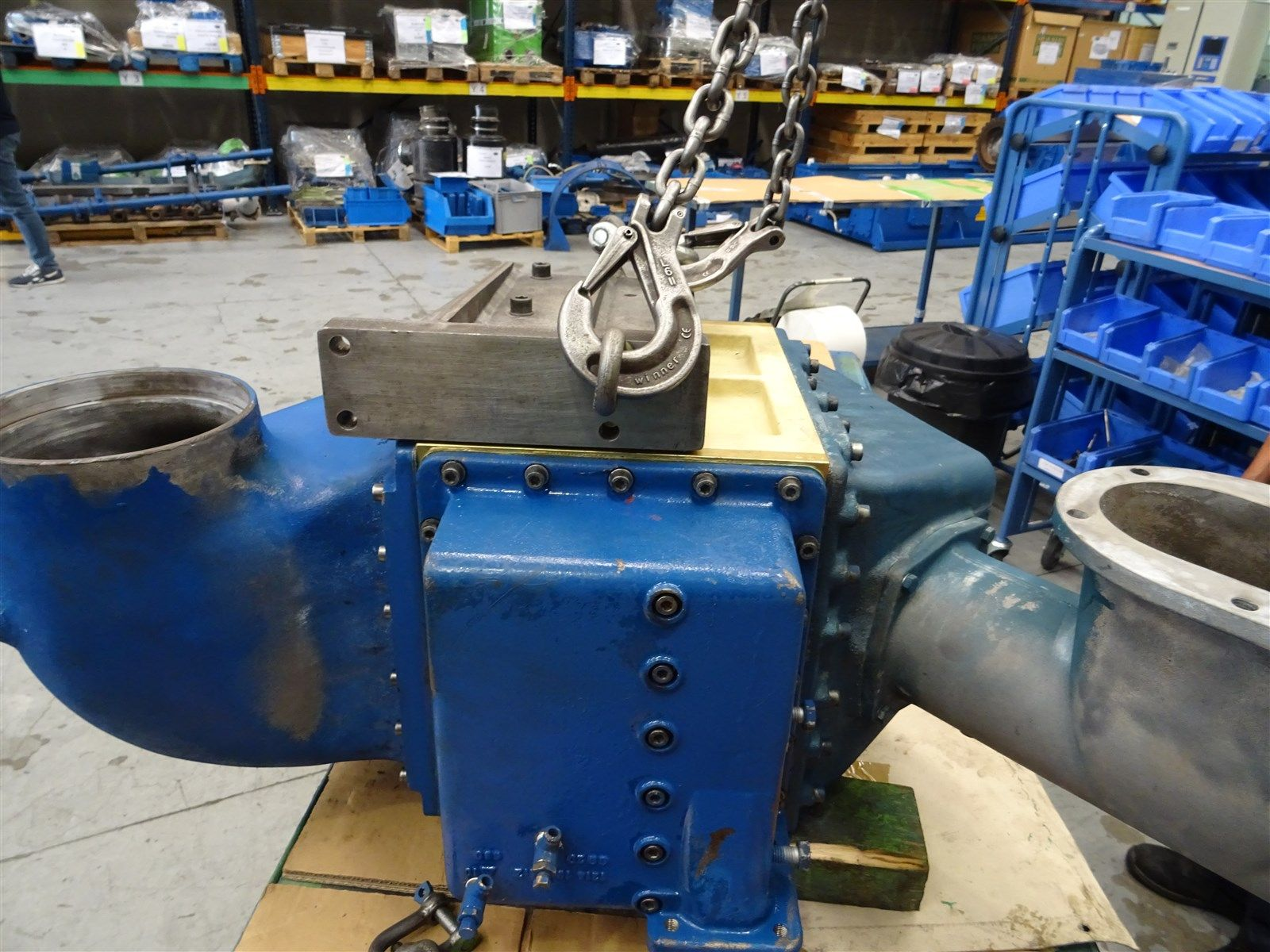 Overhaul motor DEUTZ / MWM TCG2020V12 sobre un shortblock de intercambio